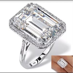 .925 Sterling Silver White Sapphire Fashion Ring